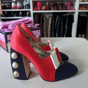 GUCCI Luna Block Heel Bow Pearl Studded Pumps Red